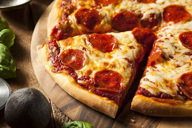Y tú, qué prefieres: ¿proteger tus datos personales o pizza gratis?