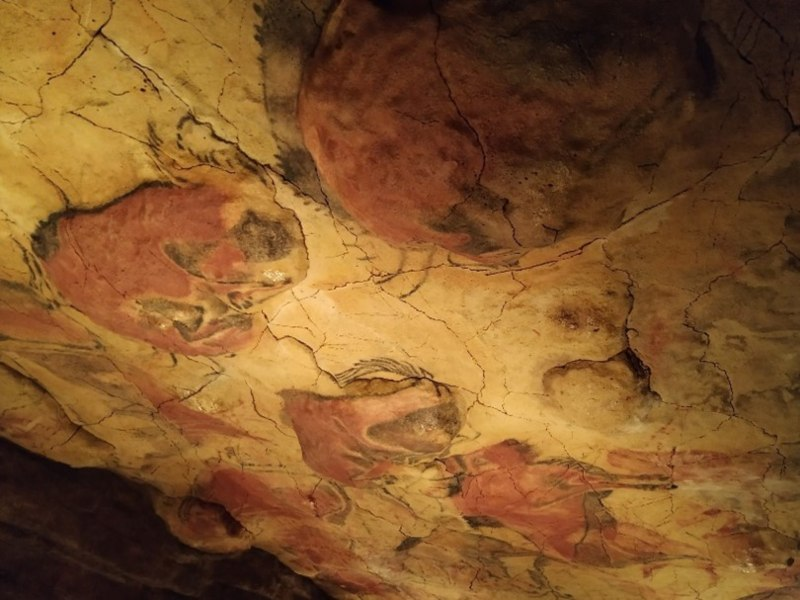 Fotografía de las pinturas rupestres de la Cueva de Altamira.