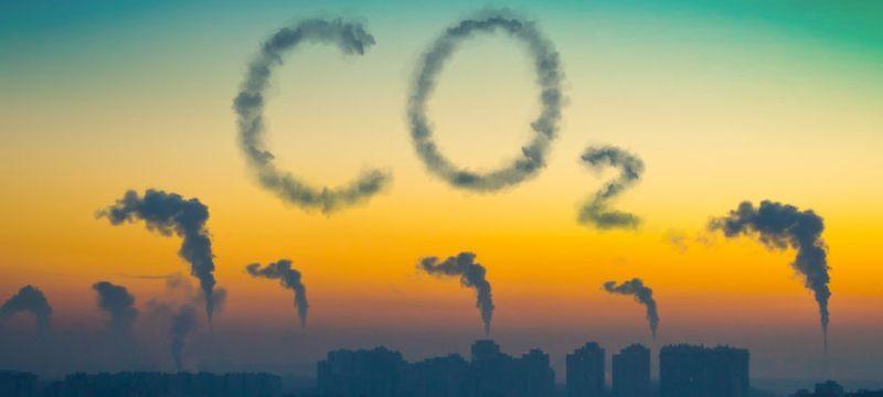 Emisiones de CO2 vs desarrollo en el mundo oriental
