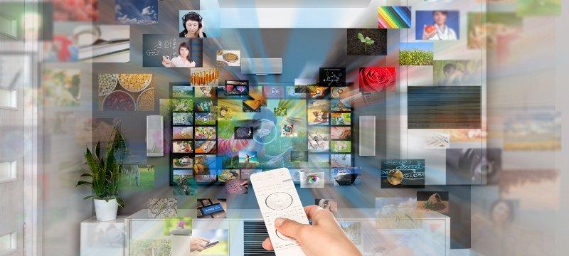 Una televisión desde la que se accede a todo tipo de contenido audiovisual.