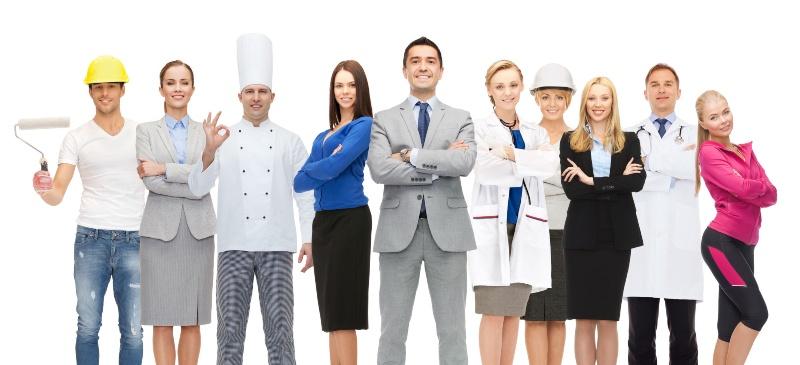 Día del trabajador, varias personas vestidas de su profesión juntas.
