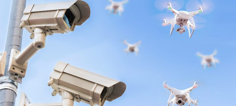 Drones y cámaras de seguridad utilizadas en este sector.