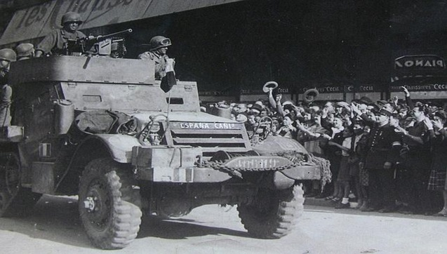 "Carro de combate francés denominado ""España Cañí"""