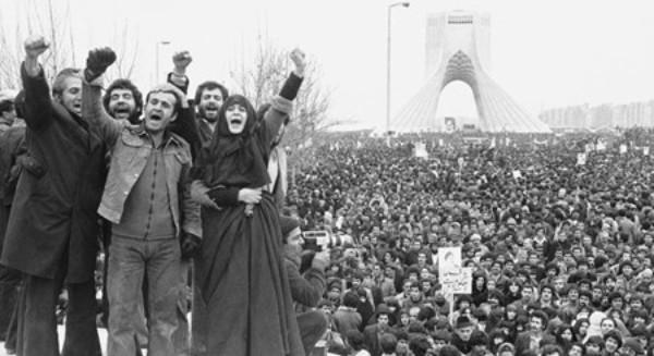 Figura. Revolución iraní, Teherán, 1979. Fuente: El País