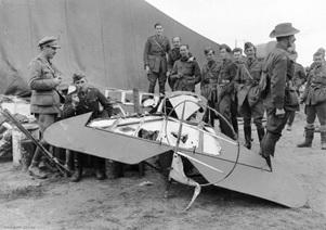 Restos del avión de von Richthofen. Fuente: La Vanguardia