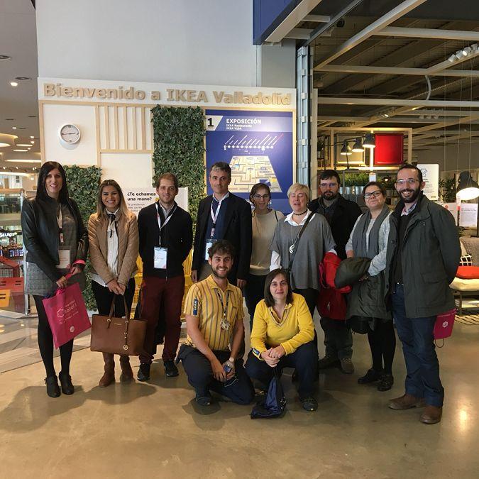 Estudiantes y profesores de la Universidad Isabel I conocen la estructura y gestión de la gran multinacional sueca Ikea