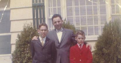 Bromo y sus dos hijos. Fuente: El País