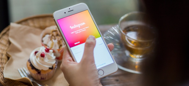 Instagram en en un teléfono móvil