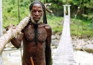 Miembro de la tribu maring