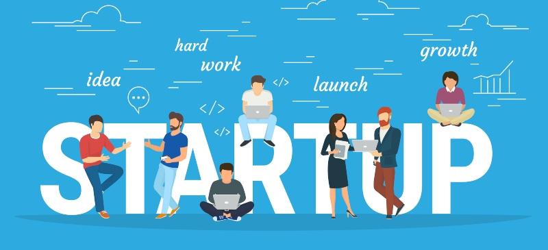 Startup, infografía con las palabras y varios dibujos alrededor de las letras