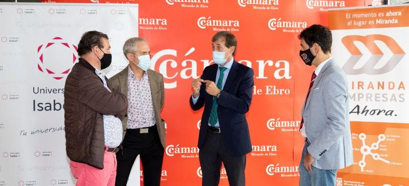 El Rector de la Universidad Isabel I con el concejal de Innovación de Miranda, el vicepresidente de la Cámara de comercio de Miranda y el gerente de Miranda Empresas