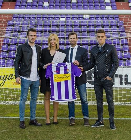 En el estadio José Zorrilla: Guille Andrés, Olaia Abadía, Víctor Cazurro y Brian Oliván)