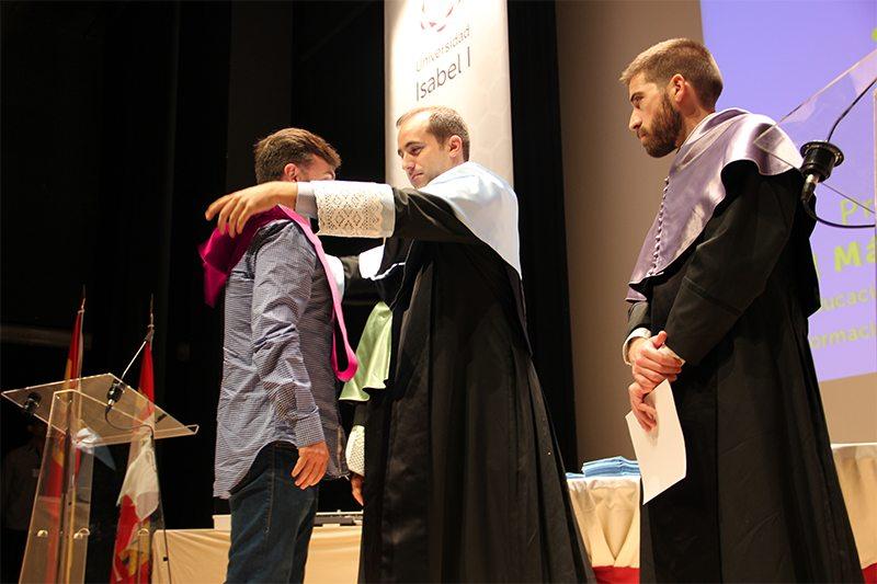 Universidad Isabel I, ui1, graduacion, primera promocion, 16 septiembre