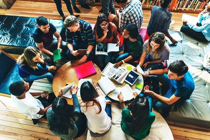 Ministerio de Educación convoca subvenciones por valor de 18.000 euros destinadas a asociaciones de estudiantes universitarios