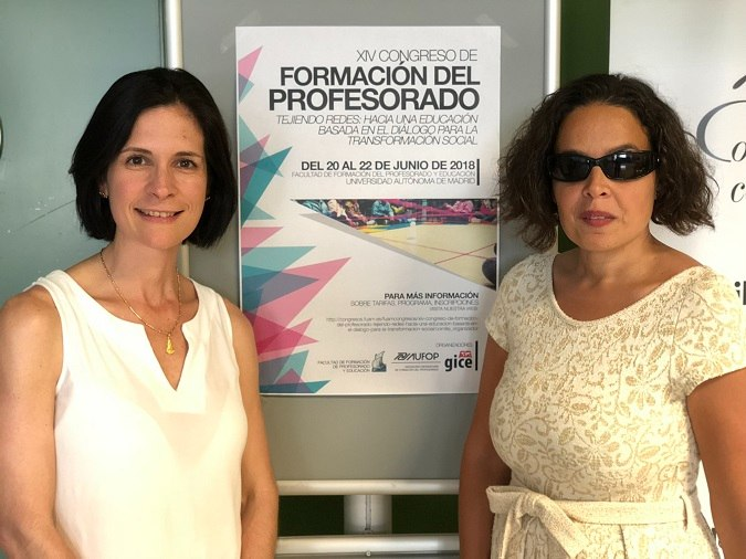 Ana Cristina García y Lourdes González en el XV Congreso de Formación del Profesorado