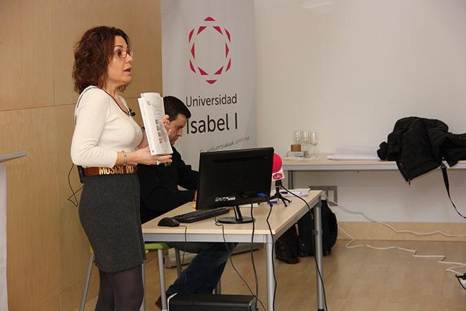La directora del Grado de Nutrición y Dietética de la Universidad Isabel I, Mª Rosario Pastor