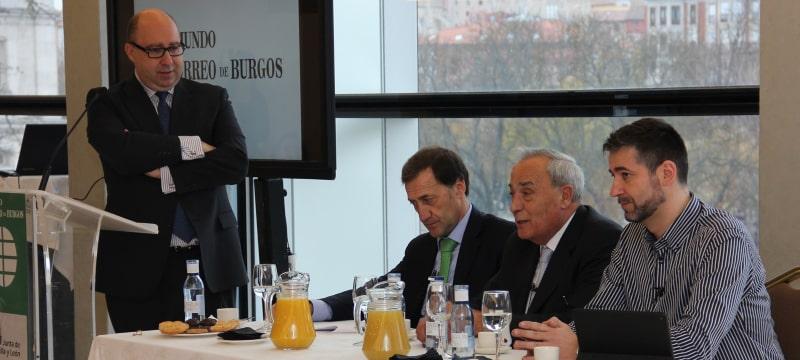 El rector de la Universidad Isabel I participa en un Desayuno informativo del Correo Burgos