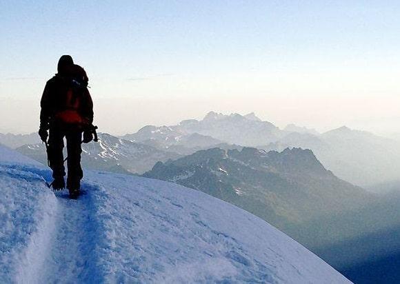 La montaña: riesgos médico-nutricionales y preparación nutricional y deportiva