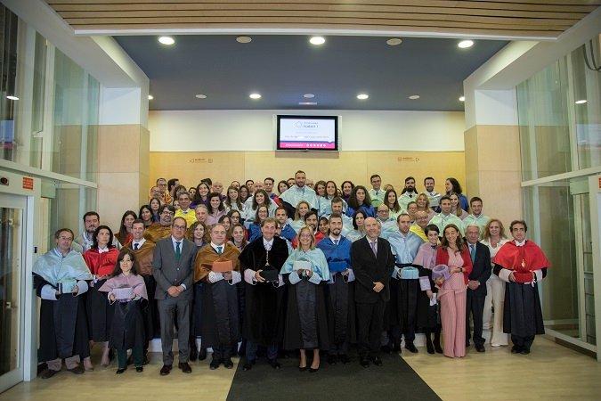 Foto de Familia del Acto de Apertura del Curso 2018/2019 en la Universidad Isabel I.