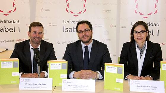Presentación de 'Prácticum Protección de Datos 2015', con Víctor Cazurro, Javier Álvarez y Raquel Ruiz