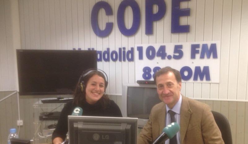 El rector de la Universidad Isabel I, Alberto Gómez Barahona, entrevistado en la cadena Cope de Castilla y León