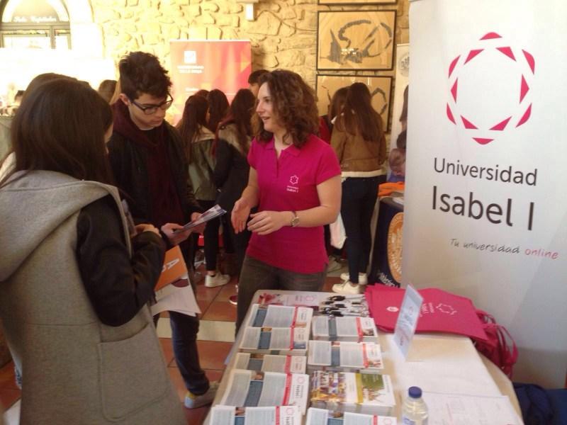 La Universidad Isabel I, en la IX edición de la Feria Expouniversitas