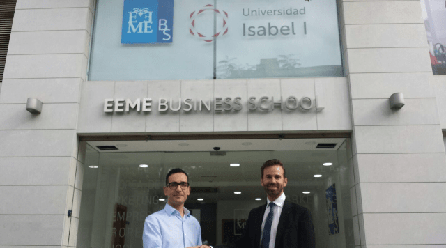 La firma del convenio ha tenido lugar en la sede de EEME Business School en Alicante.