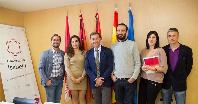 La presidenta de la Asociación de Jóvenes Empresarios de Burgos visita la Universidad Isabel I