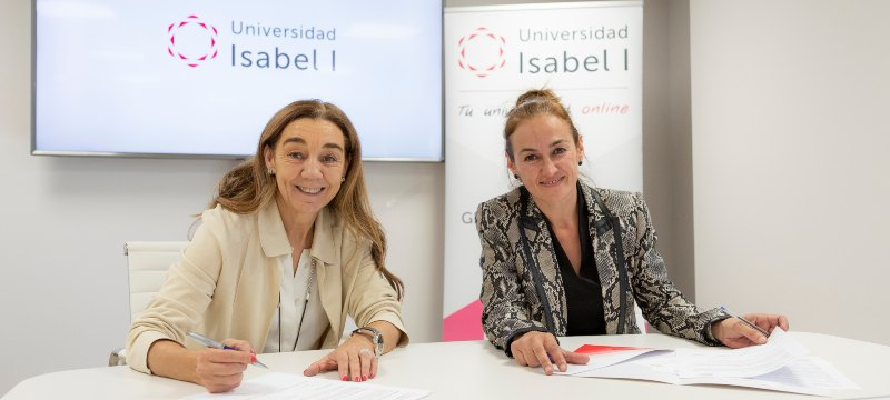 La Isabel I firma un convenio con la Asociación For Women