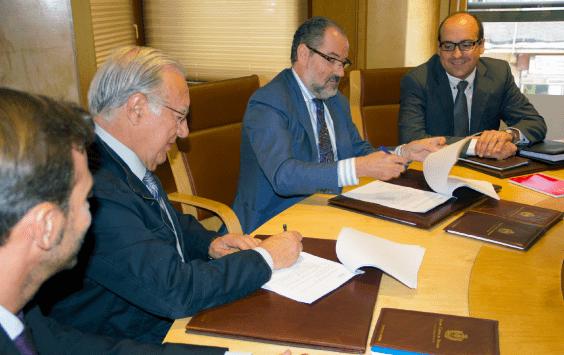 Convenio de colaboración entre el Colegio de Abogados de Valladolid  y la Universidad Isabel