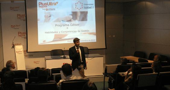 Presentación del título propio Habilidades y Competencias de Gestión