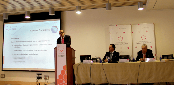 Presentación de la primera Facultad de Criminología de España