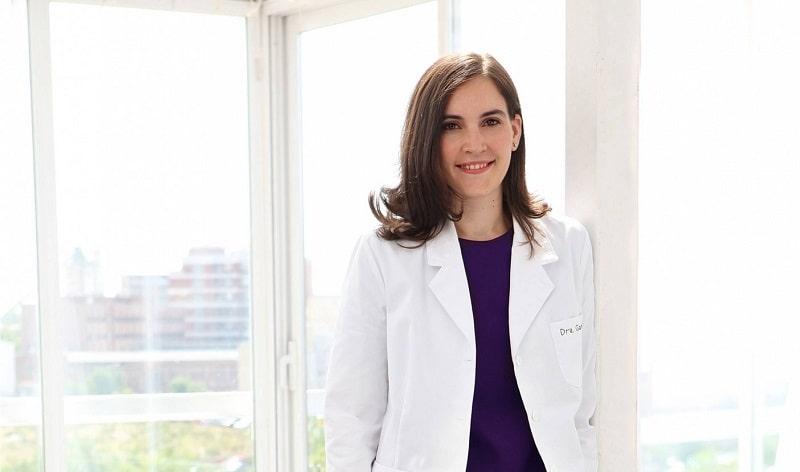 Marián García, profesora del Grado en Nutrición de la Universidad Isabel I, candidata a Farmacéutico del Año 2015