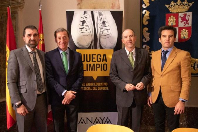 """Presentación del Programa """"Juega Limpio, el Valor Educativo y Social del Deporte"""" en Valladolid"""