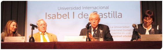Isidoro González, rector de la Universidad Isabel I de Castilla, en el acto de inauguración del nuevo centro