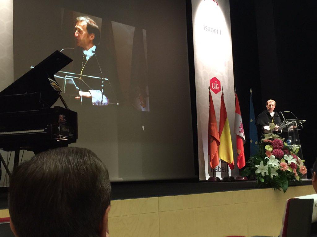 El Curso 2016-2017 queda inaugurado en la Isabel I tras la celebración del Acto de Apertura