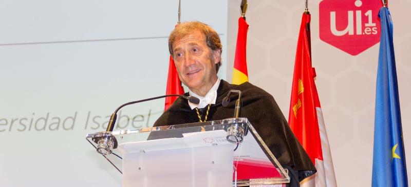 Alberto Gómez Barahona, rector de la Universidad Isabel I, durante el acto de apertura del curso 2019-2020.