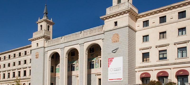 La 8 Televisión informa sobre el nuevo centro de investigación de la Universidad Isabel I